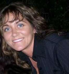 Amanda E. Burgess